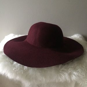 Accessories - Burgundy felt boho hat